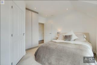 Rosebery Place, Mill Hill, London, NW7 2FA